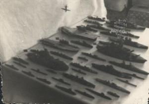 My navy on the table. Феодосия, ул.Тимирязева 8 вк.3. Примерно 1964-1965 год.