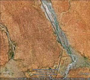 А так это место выглядит из космоса с помощью Гугла...