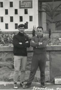 Виктор Попырин и Геннадий Гусев (справа) на Всесоюзных сборах судей. Лазаревское, 1971 год.