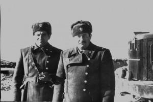 С командиром части подполковником В.И. Мерзловым на трассе. 1983 год.