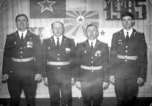 23 февраля 1985 года: командир части подполковник С.Пискунов, зам.по техчасти майор С.Коренков, замполит майор Н.Баронов и ком. автороты ст.лейтенант А.Шандрий. Улан-Батор.
