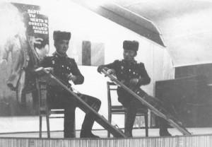 Цирики в/части 150 МНА во время концерта в клубе нашего батальона.