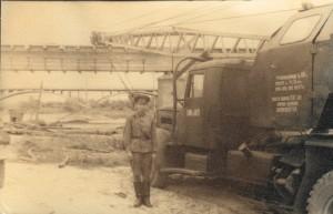 Командир взвода у своего любимца - К-104 №1475