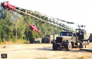 Автокран К-162 с удлинённой стрелой. Тот кран имел стрелу длиннее на 4 метра...