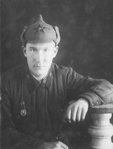 Артиллерист-зенитчик В.Бахилов