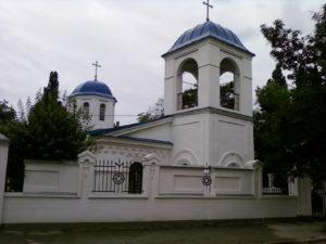 vid-na-kolokolnyu-vvedenskoj-cerkvi-feodosiya